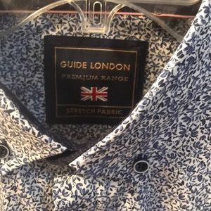 NWT Guide London Button Up